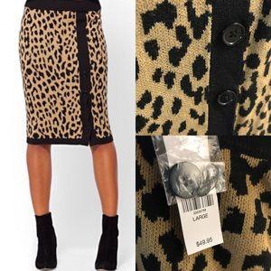 Leopard print knit skirt